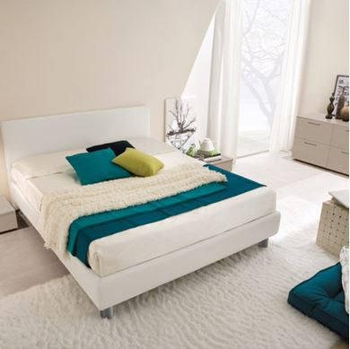 Picture of Classic King Size Bed